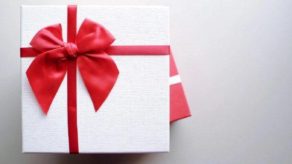 Lợi ích của việc tặng quà cho doanh nghiệp đối tác, khách hàng